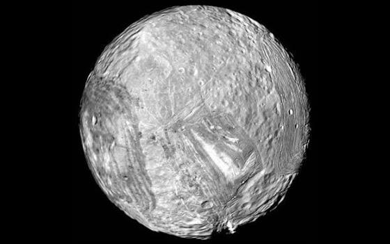 Μιράντας, ένα από τα 27 φεγγάρια του πλανήτη Ουρανού