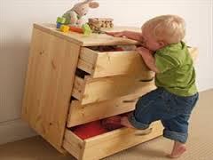 Παιδί που σκαρφαλώνει