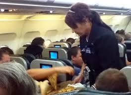 Επιβάτες αεροπλάνου και αεροσυνοδός